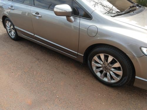 Imagem 1 de 4 de Honda Civic 2011 1.8 Lxl Flex Aut. 4p