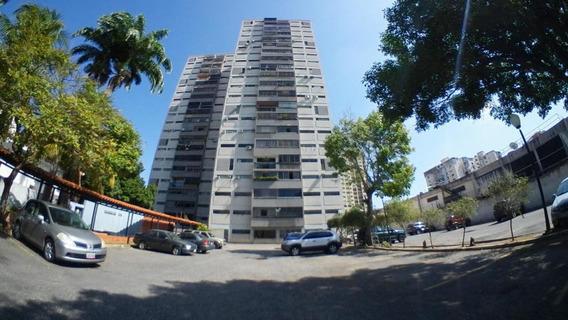 Apartamento En Alquiler Barquisimeto 20-17305 Jcg