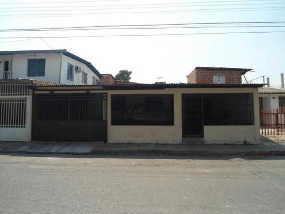 Economica Casa En Jose Felix Rivas 19-10792