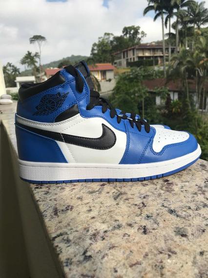 Tênis Air Jordan 1