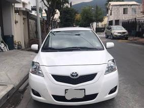 Toyota Yaris 1.5 Premium Sedan At