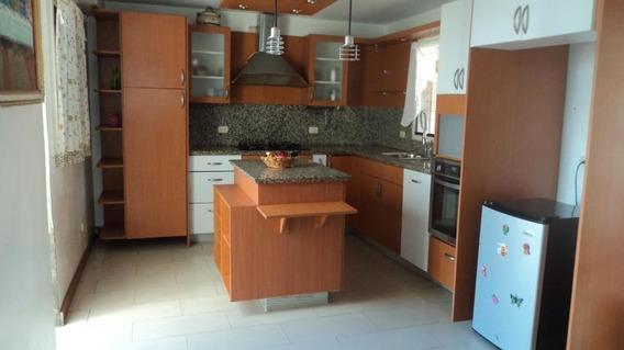 Casa En Venta Av Intercomunal Cabudare 20-2402 Rg