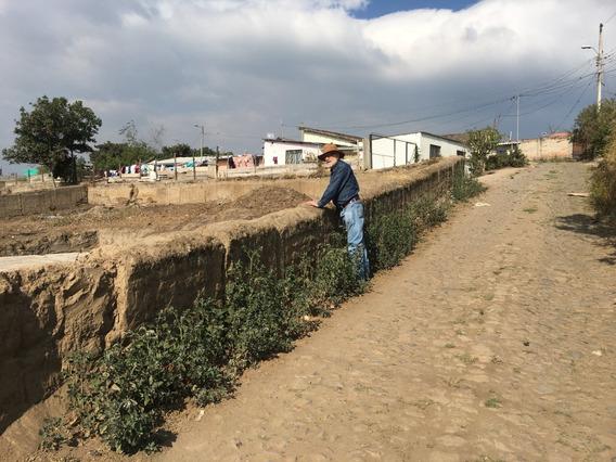 Terreno En Ibarra (a Cuatro Cuadras De La Autopista Otavalo