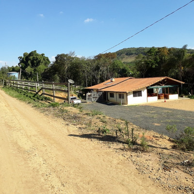 Sítio Para Venda No Zona Rural Em Carmo Da Cachoeira - Mg - 201