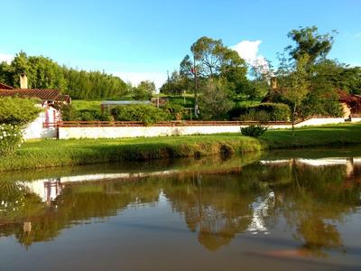 Sitio Caxambu 90.000 M2 Casa Boa Piscina , 05 Klm De Caxambu - 4993