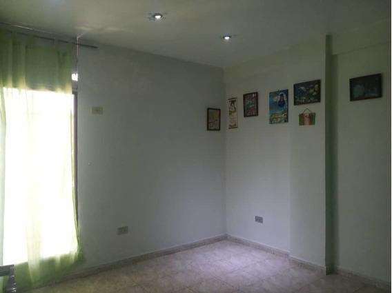 Apartamento Económico En La Maracaya 04265330810