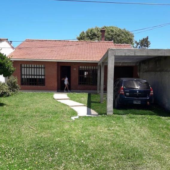 Casa 5 Ambientes, 2 Baños Y Garage