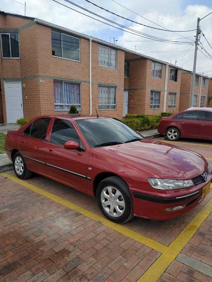 Pegeout 406 Modelo 2001 Rojo