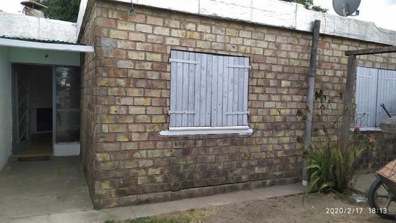Alquiler Casa 2 Dormitorios / Living Comedor Paso Carrasco