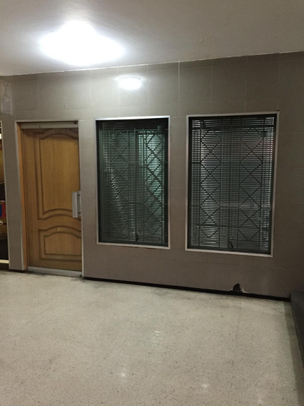 Alquiler Oficina En La Av Francisco De Miranda/ 04242510419