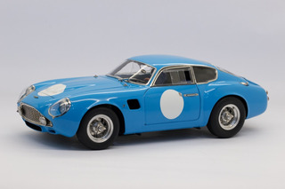 Cmc - Aston Martin Db4 Gt Zagato - Rennversion - 1961 - 1:18
