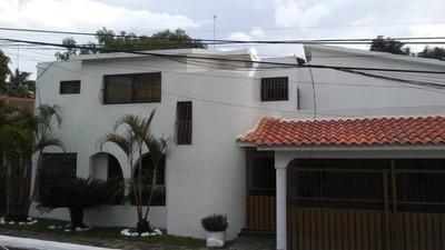 Casa Grande De Dos Niveles Buena Vista 1ra, Villa Mella, Sdn
