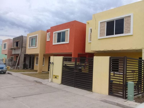 Venta De Casa En Colonia Morelos, Tampico Tamps.