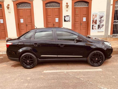 Fiat Grand Siena 2015 1.6 16v Essence Flex 4p Manual
