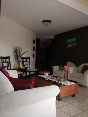 Apartamento Amueblado En Zona Residencial
