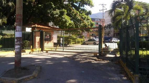 Se Vende Apartamento En Las Lomas Guatire
