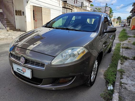 Fiat Bravo 1.8 Essence 16v Flex 4p Automatizado 2011/201...