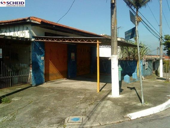 ** Casa Térrea Com 02 Dormitórios, 02 Suítes, 03 Banheiros E 01 Vaga Em 625m²!! ** - Mr43442