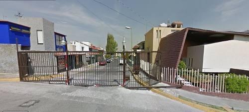 Casa En Remate ! Exito Financiero !!