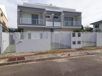 Casa Em Campeche, Florianópolis/sc De 200m² 3 Quartos Para Locação R$ 3.900,00/mes - Ca106036