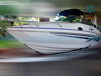 Lancha Focker 25,5 Barco Iate N Catamara Ferretti Fairline