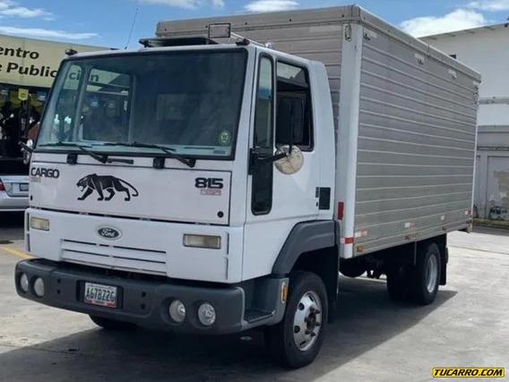 Camion Cava Ford Cargo 815 2012