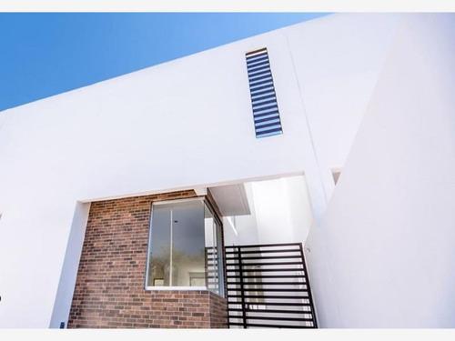 Imagen 1 de 7 de Casa Sola En Venta Santa Barbara