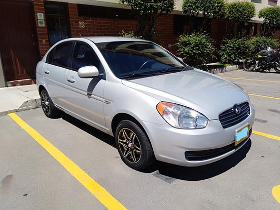 Hyundai Accent Vision 2010 Sedan - $ 20.500.000