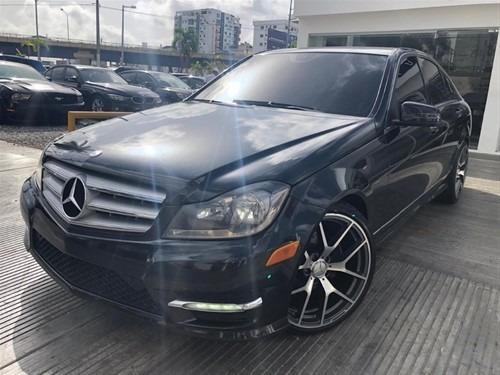 Mercedes Benz C300 Full Clean 4matic Piel Sun Roof Turbo