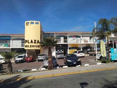 Renta De Local En Plaza Comercial Milenio, Querétaro