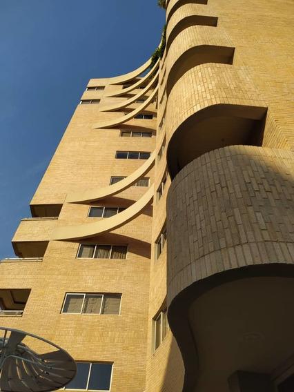Apartamento En Venta En La Soledad 04243341848