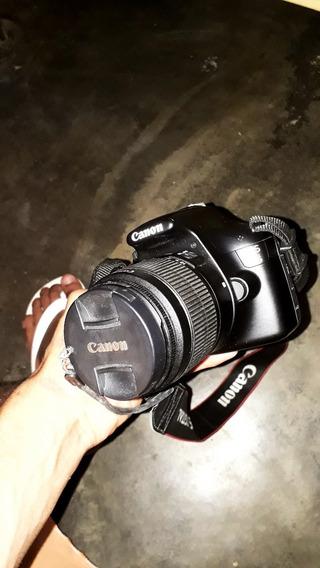 Câmera Canon Eos T3 Com Flash E A Bolsa