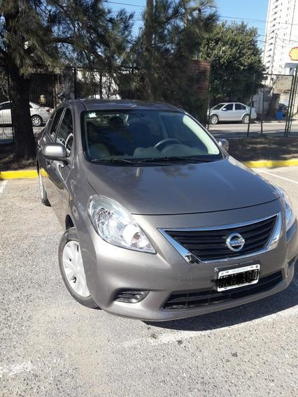 Nissan Versa 1.6 Visia Mt 2014