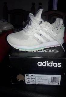 Zapatillas adidas Niña 8k adidas
