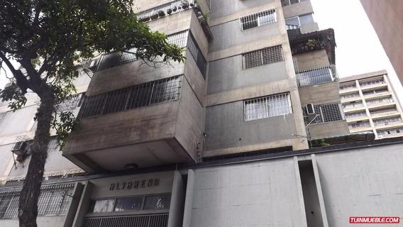 Elys Salamanca Vende Apartamento Mls 17-13471