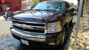 Chevrolet Cheyenne 4pts Cabina Y Media Ee Controles Al Volan