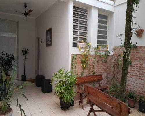Sobrado Incrível, Com 180m², 4 Dormitórios (sendo 1 Suíte), 2 Salas, 2 Vagas De Garagem, No Bairro Jardim Macêdo Em  Ribeirão Preto-sp - Kcca40004 - 68959262