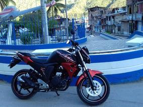 Yamaha Color Negro-anaranjado