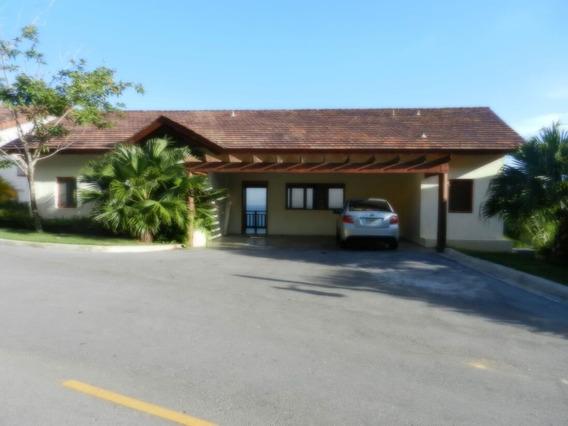 Villa En Puerto Bahía, Samana
