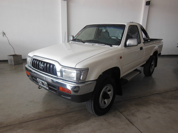 Toyota Hilux 3.0 S/cab 4x2 D Aa
