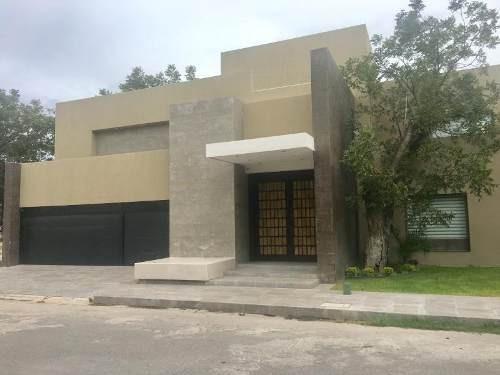 Casa En Renta En Fracc. Real Del Nogalar.