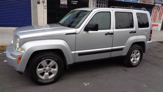 Jeep Liberty Sport 4x2 At 2010