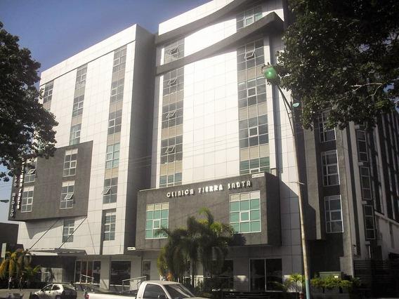 Consultorios En Alquiler Clinica Tierra Santa, Las Avenidas