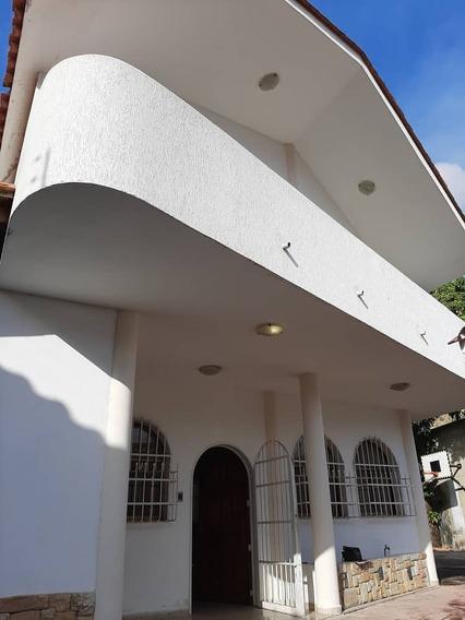 Hermosa Casa En El Castaño Vende Eikar Js