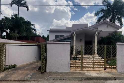 Casa - Fraccionamiento Villas La Hacienda