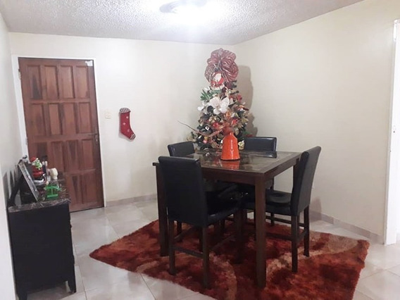 Apartamento En El Conj. Resd. Karuay, Piso 6