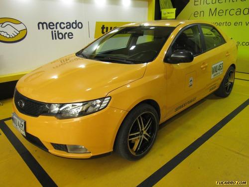 Taxis Kia Cerato Forte Lx