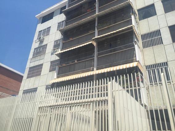 Apartamento En Venta El Paraíso Mls 20-11435