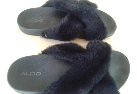 Sandalias Bajas Con Corderito Marca Aldo