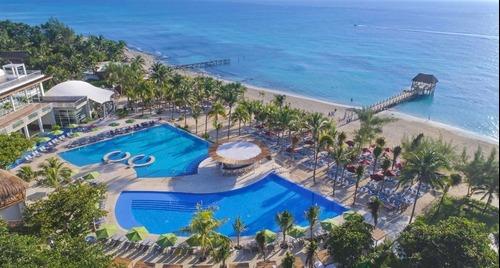 Venta Departamento 1 Recamara Piscina Privada Frente Al Mar En Playa Del Carmen